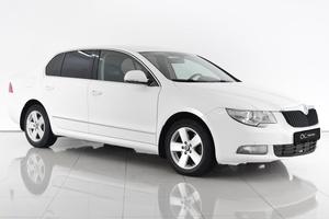 Авто Skoda Superb, 2011 года выпуска, цена 729 000 руб., Ростовская область