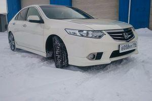 Подержанный автомобиль Honda Accord, отличное состояние, 2011 года выпуска, цена 880 000 руб., Челябинск