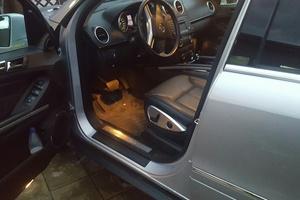 Подержанный автомобиль Mercedes-Benz GL-Класс, отличное состояние, 2011 года выпуска, цена 1 800 000 руб., Челябинская область