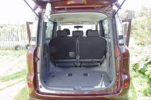 Автомобиль Toyota Sienta, хорошее состояние, 2011 года выпуска, цена 570 000 руб., Москва