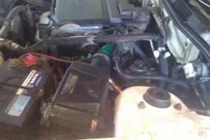 Автомобиль Nissan Expert, битый состояние, 1999 года выпуска, цена 100 000 руб., Омск