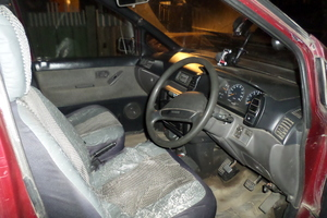 Автомобиль Nissan Prairie, среднее состояние, 1990 года выпуска, цена 45 000 руб., Канск
