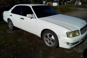 Автомобиль Nissan Gloria, хорошее состояние, 1998 года выпуска, цена 220 000 руб., Иркутск