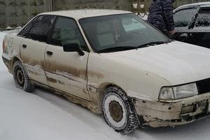 Автомобиль Audi 80, хорошее состояние, 1990 года выпуска, цена 95 000 руб., Москва