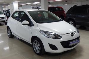 Авто Mazda 2, 2012 года выпуска, цена 415 000 руб., Москва