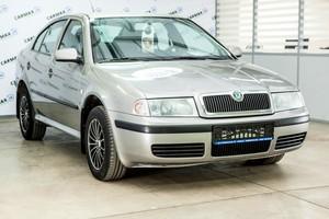 Авто Skoda Octavia, 2010 года выпуска, цена 320 000 руб., Москва