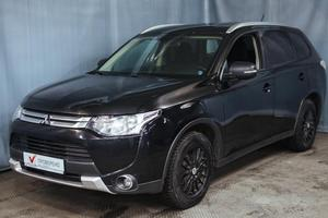 Авто Mitsubishi Outlander, 2014 года выпуска, цена 1 099 000 руб., Санкт-Петербург