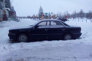Автомобиль Mitsubishi Diamante, среднее состояние, 1993 года выпуска, цена 70 000 руб., Нижневартовск