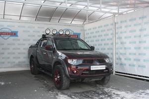 Авто Mitsubishi L200, 2011 года выпуска, цена 1 444 500 руб., Санкт-Петербург