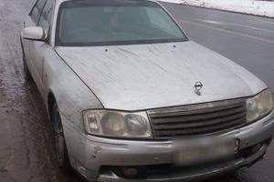 Автомобиль Nissan Gloria, хорошее состояние, 1999 года выпуска, цена 390 000 руб., Челябинск