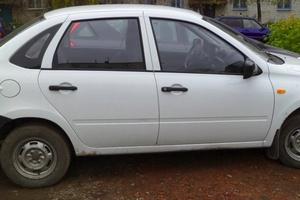 Подержанный автомобиль ВАЗ (Lada) Granta, отличное состояние, 2014 года выпуска, цена 290 000 руб., Вязьма