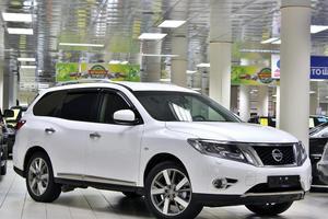 Авто Nissan Pathfinder, 2014 года выпуска, цена 1 699 999 руб., Москва