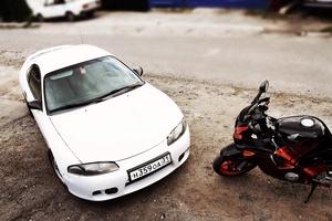 Автомобиль Mitsubishi Eclipse, среднее состояние, 1999 года выпуска, цена 300 000 руб., Белгород