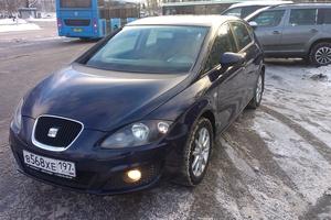 Автомобиль SEAT Leon, хорошее состояние, 2010 года выпуска, цена 400 000 руб., Москва