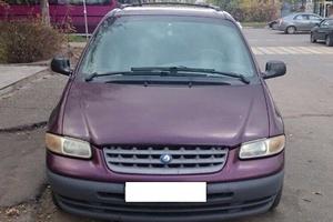 Автомобиль Plymouth Voyager/Grand Voyager, плохое состояние, 1999 года выпуска, цена 80 000 руб., Москва