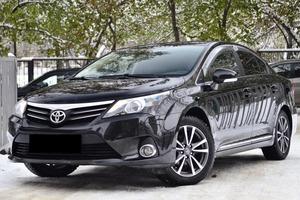 Авто Toyota Avensis, 2012 года выпуска, цена 950 000 руб., Новосибирск