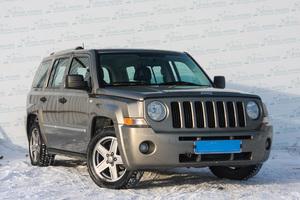 Авто Jeep Liberty, 2009 года выпуска, цена 529 000 руб., Екатеринбург