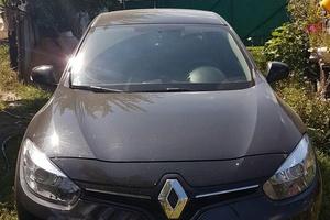 Автомобиль Renault Fluence, отличное состояние, 2013 года выпуска, цена 550 000 руб., Челябинск