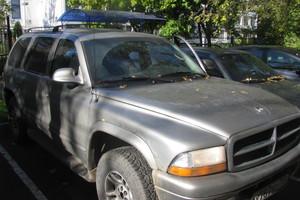Автомобиль Dodge Durango, среднее состояние, 2001 года выпуска, цена 300 000 руб., Москва