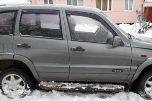 Подержанный автомобиль Chevrolet Niva, среднее состояние, 2004 года выпуска, цена 150 000 руб., Мытищи