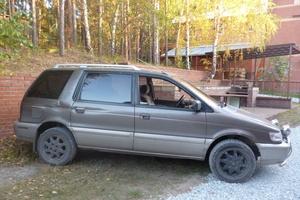Автомобиль Mitsubishi Chariot, хорошее состояние, 1992 года выпуска, цена 140 000 руб., Новосибирск