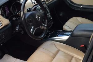 Автомобиль Mercedes-Benz R-Класс, отличное состояние, 2011 года выпуска, цена 1 500 000 руб., Москва