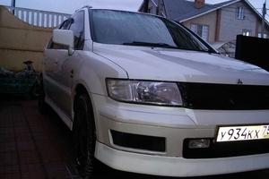 Автомобиль Mitsubishi Chariot, хорошее состояние, 1999 года выпуска, цена 220 000 руб., Москва