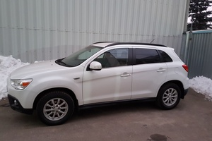 Автомобиль Mitsubishi ASX, отличное состояние, 2012 года выпуска, цена 850 000 руб., Подольск