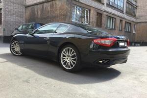 Автомобиль Maserati GranTurismo, отличное состояние, 2009 года выпуска, цена 3 300 000 руб., Санкт-Петербург