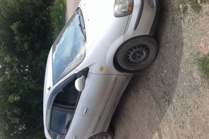 Автомобиль Nissan Tino, хорошее состояние, 2000 года выпуска, цена 235 000 руб., Белово
