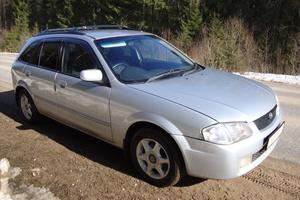 Автомобиль Mazda Familia, хорошее состояние, 1998 года выпуска, цена 170 000 руб., Балабаново