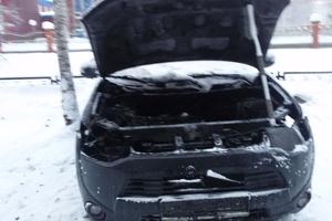 Подержанный автомобиль Mitsubishi Outlander, среднее состояние, 2014 года выпуска, цена 850 000 руб., ао. Ханты-Мансийский Автономный округ - Югра