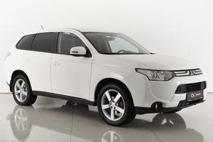 Авто Mitsubishi Outlander, 2012 года выпуска, цена 949 000 руб., Ростовская область
