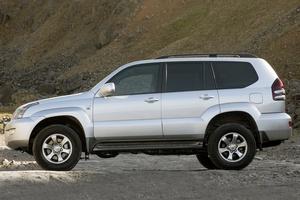 Подержанный автомобиль Toyota Land Cruiser Prado, хорошее состояние, 2007 года выпуска, цена 1 200 000 руб., Мегион