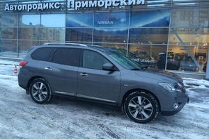 Авто Nissan Pathfinder, 2015 года выпуска, цена 1 899 999 руб., Санкт-Петербург
