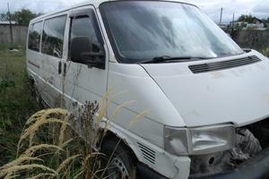 Автомобиль Volkswagen Transporter, битый состояние, 2002 года выпуска, цена 79 500 руб., Казань
