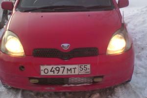 Автомобиль Toyota Vitz, хорошее состояние, 2001 года выпуска, цена 185 000 руб., Омск