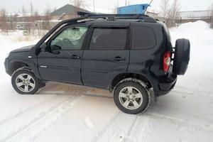 Подержанный автомобиль Chevrolet Niva, хорошее состояние, 2011 года выпуска, цена 320 000 руб., Когалым
