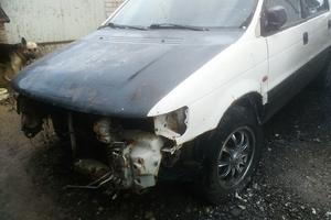 Автомобиль Mitsubishi Space Wagon, битый состояние, 1996 года выпуска, цена 70 000 руб., Вязники