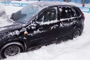 Автомобиль ВАЗ (Lada) Kalina, хорошее состояние, 2014 года выпуска, цена 320 000 руб., Лангепас