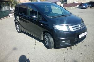 Автомобиль Honda Freed, отличное состояние, 2010 года выпуска, цена 610 000 руб., Ставрополь