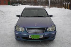 Подержанный автомобиль Mercedes-Benz C-Класс, хорошее состояние, 2004 года выпуска, цена 420 000 руб., Нижневартовск