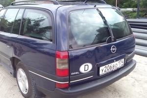 Подержанный автомобиль Opel Omega, хорошее состояние, 1999 года выпуска, цена 130 000 руб., Челябинск