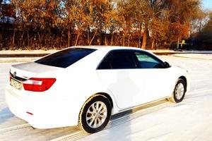 Подержанный автомобиль Toyota Camry, отличное состояние, 2014 года выпуска, цена 1 200 000 руб., Магнитогорск