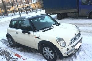 Подержанный автомобиль Mini Cooper, хорошее состояние, 2004 года выпуска, цена 375 000 руб., Московская область