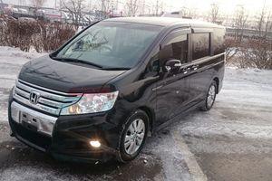 Автомобиль Honda Stepwgn, отличное состояние, 2010 года выпуска, цена 945 000 руб., Москва