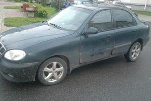 Автомобиль Daewoo Lanos, среднее состояние, 1999 года выпуска, цена 50 000 руб., Санкт-Петербург