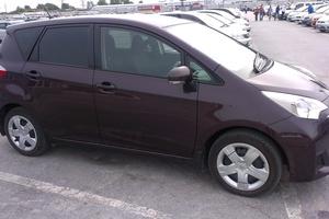 Автомобиль Toyota Ractis, хорошее состояние, 2010 года выпуска, цена 505 000 руб., Новосибирск