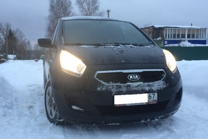 Подержанный автомобиль Kia Venga, отличное состояние, 2013 года выпуска, цена 670 000 руб., Вязьма