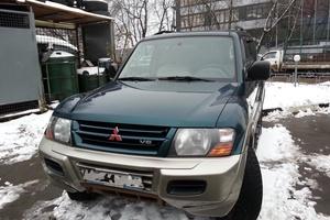 Автомобиль Mitsubishi Montero, хорошее состояние, 2000 года выпуска, цена 429 000 руб., Москва